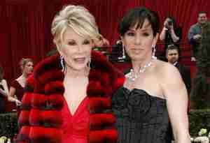 Joan-Rivers-Red-Carpet