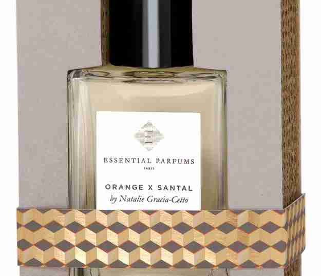 67da12a7f0f3 New Perfume Review Essential Parfums Orange X Santal- Simple Summer